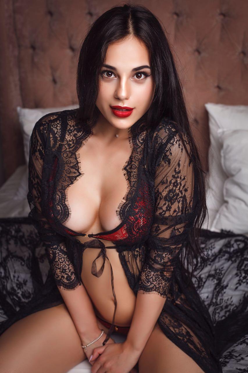 Nude sex porn of kareena